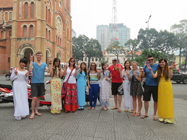 A group travel to Saigon