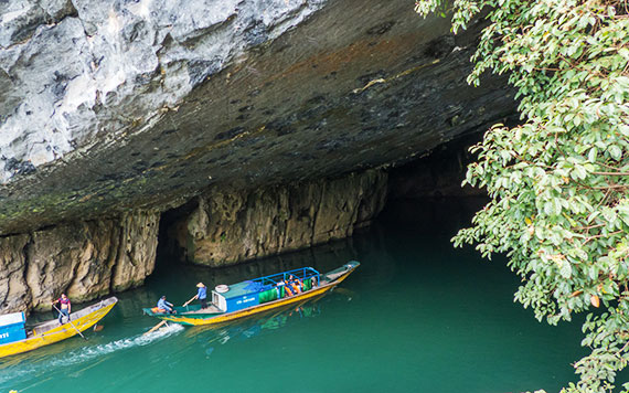 Discover Phong Nha Cave