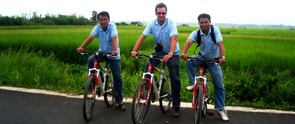 Cycling along the rice field