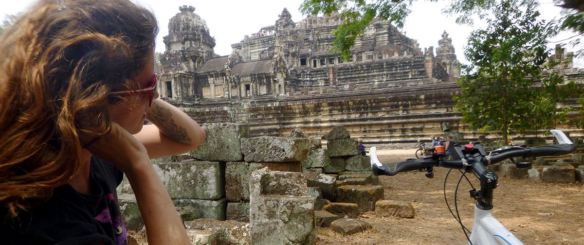 Siem Reap – Full Day Temple Biking Tour With Lunch Box
