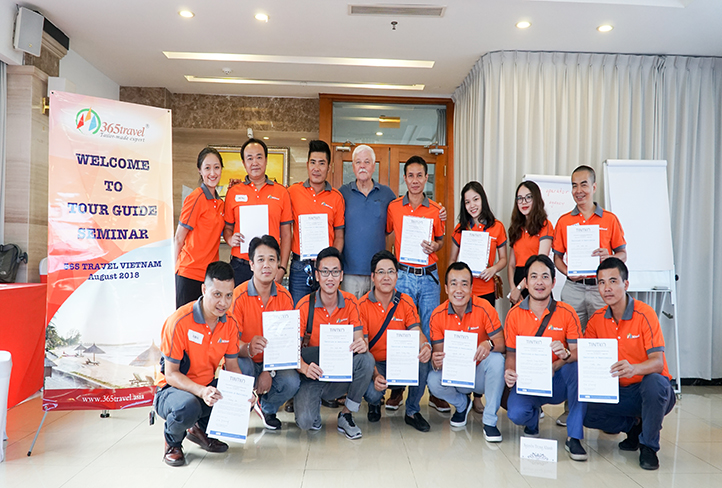 365 Travel Organize The Training Seminars For Tour Guides In Vietnam